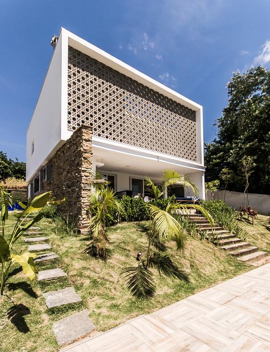 Residência MP  / Otta Albernaz Arquitetura, © Eduardo Simabuguro Albernaz