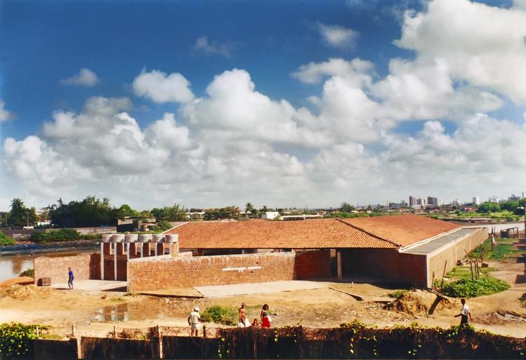 Escola Novo Mangue, Bruno Lima, Francisco Rocha, Lula Marcondes, (O Norte -Oficina de Criação), Recife - © Chico Rocha. Image Cortesia de Fundação Bienal de São Paulo