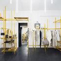 Troquer Casa de Moda / Zeller & Moye