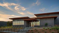 Titus Vineyards  / MH Architects