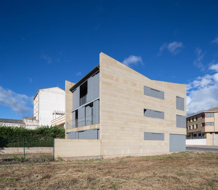 Casa FR  / Álvaro Foncea Román + Rocío Muñoz Gamarra, © Adrián Alesón