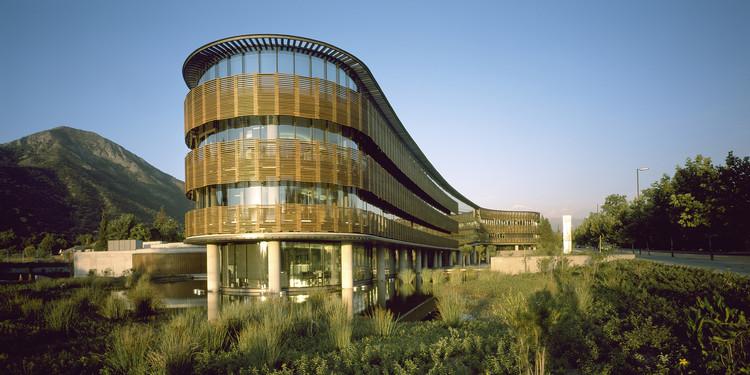 Edificio Transoceánica / +arquitectos, © Erieta Attali