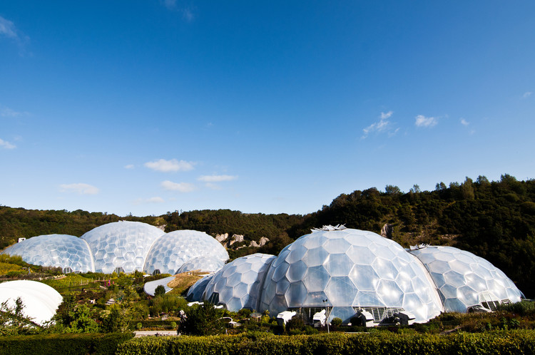 ETFE: The Rise of Architecture's Favorite Polymer, The Eden Project / Grimshaw. Image © flickr user timparkinson, Licensed under CC BY 2.0