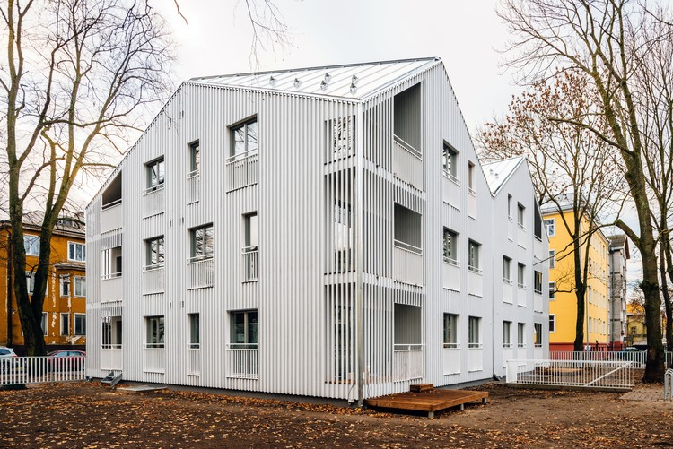 Niine Apartment Building  / KUU Architects, © Tõnu Tunnel