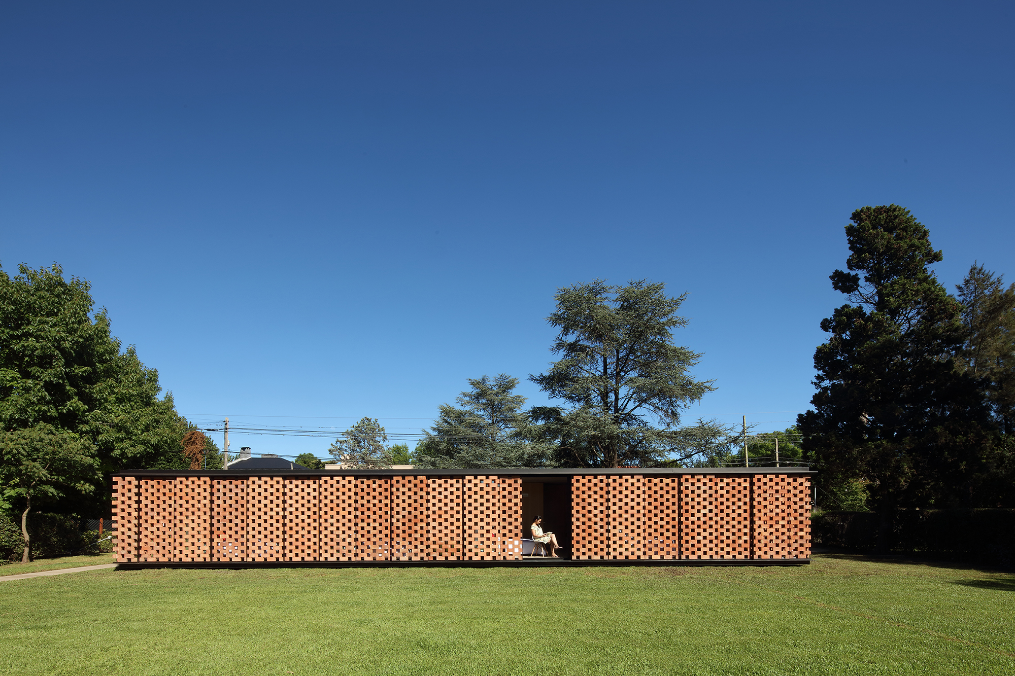 Gallery of experimental brick pavilion estudio botteri for Pared de 15 ladrillo comun