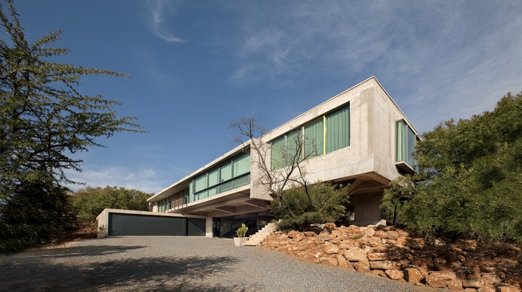 Courtesy of Earthworld Architects & Interiors
