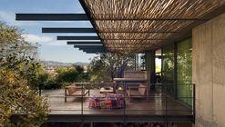 House Gauché  / Earthworld Architects & Interiors