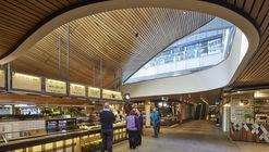 MLC Centre Food Court  / Luchetti Krelle