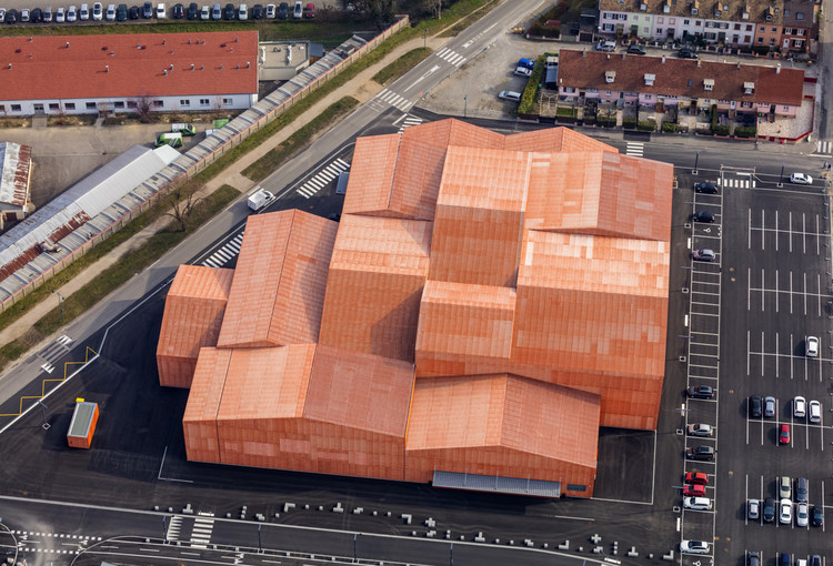 The FORUM Associative  / Manuelle Gautrand Architecture, Courtesy of Manuelle Gautrand