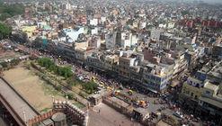 Nueva Delhi estudia arrendar las azoteas para instalar paneles solares