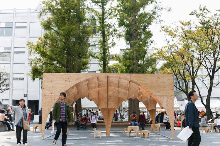 In the Loop  / Takuma Sugi  + Nanako Hirai  + Ben Nitta, © Keiko Kuramoto