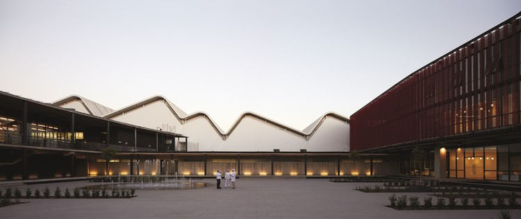 Centro de Producción e Investigación Carozzi / GH+A | Guillermo Hevia, © Cristobal Palma