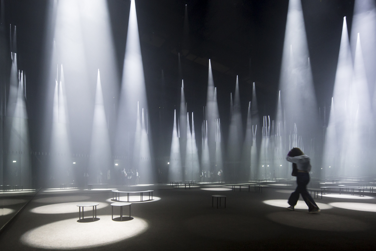 Gallery of sou fujimoto installs a forest of light for cos at 2016 salone del mobile 5 - Finestra mobile cos e ...