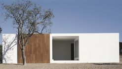 House in Litoral Alentejano  / Aires Mateus