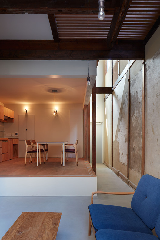 House in Nishinokyo  / OHArchitecture, © Toshiyuki Yano