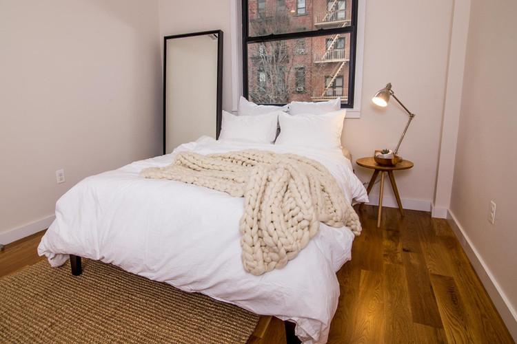 """Dormitorio en el hogar común """"Havemeyer"""" en Williamsburg, Nueva York. Imagen © Common"""