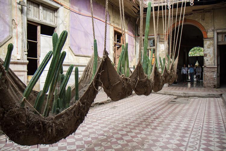 Locación: Casa Sauma Artista: Daniel Lie. Image © Angelina Dotes