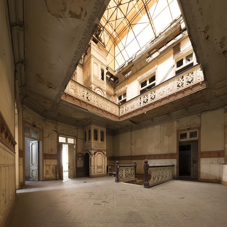 Locación: Palacio Iñiguez – Interior. Image © Benjamin Matte