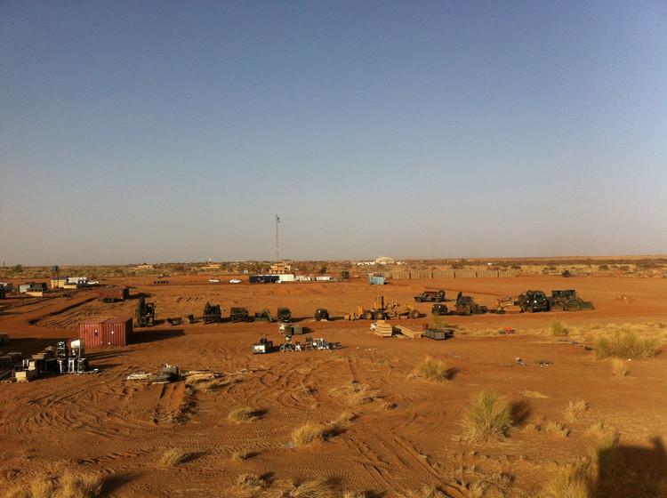 Instalación de Camp Castor en Gao (Mali). Image © Marcel Rot