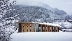 Mont-Blanc Base Camp  / Kengo Kuma & Associates