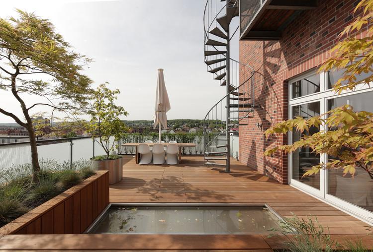 penthouse apartment in bielefeld architekten. Black Bedroom Furniture Sets. Home Design Ideas