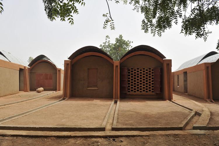 Vivienda para Profesores Gando / Kéré Architecture , © Erik-Jan Ouwerkerk