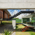Two Beams House / Yuri Vital