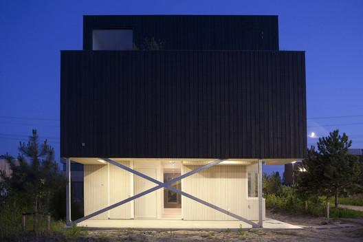 Villa + / Inarchitects