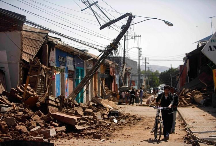 10 lecciones de cómo enfrentar una reconstrucción según Berkeley, Talca post terremoto en Chile, 2010. Image © Roberto Candia