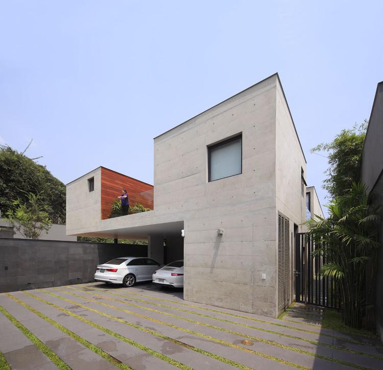 Casa Sustraída / Seinfeld Arquitectos, © Juan Solano Ojasi