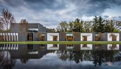 Mausoléu Lakewood Cemetery Garden / HGA Architects and Engineers