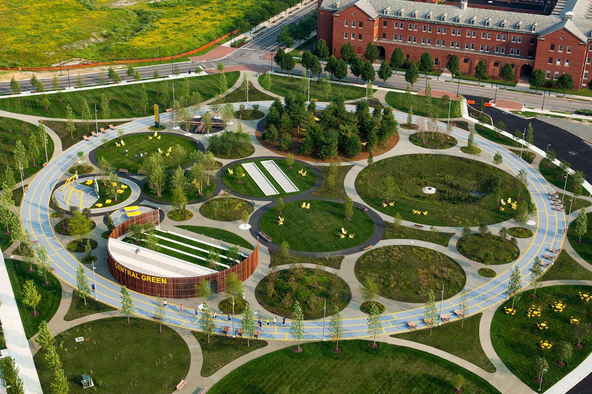 Philadelphia navy yards james corner field operations for Best landscape architects