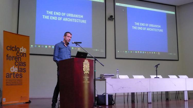 Jan Knikker. Image Cortesía de Centro de difusión Facultad de Artes Universidad Nacional de Colombia