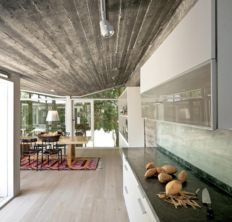 Jaggendorf House  / Yaniv Pardo Architects, © Amit Geron