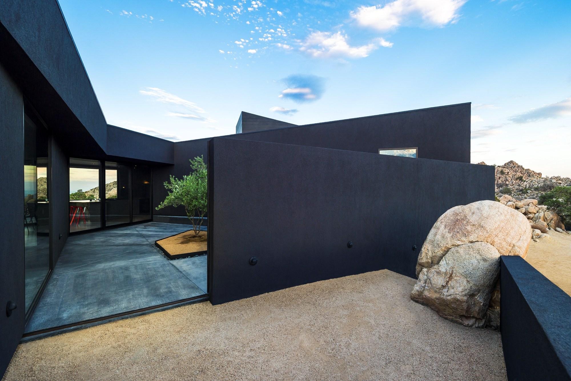 Black Desert House - modlar.com