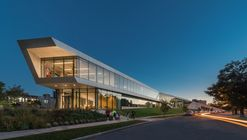 Centro Universitario Tinkham Veale, Case Western Reserve University / Perkins+Will
