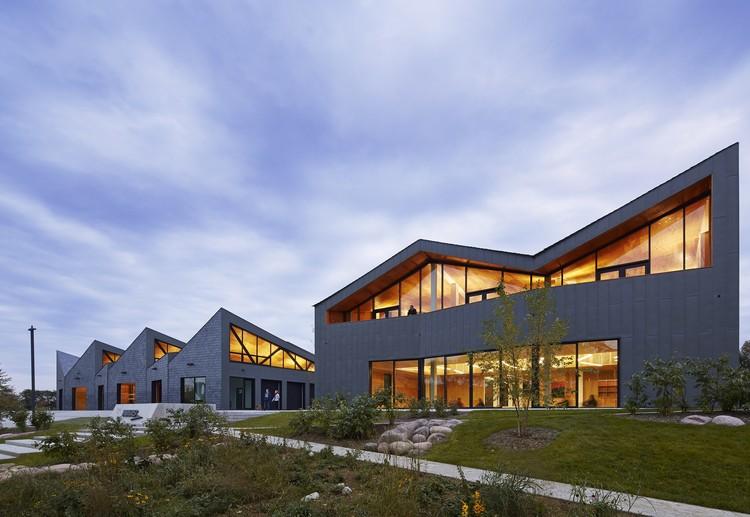 Casa de Botes WMS en el Parque Clark / Studio Gang Architects, © Steve Hall Hedrich Blessing