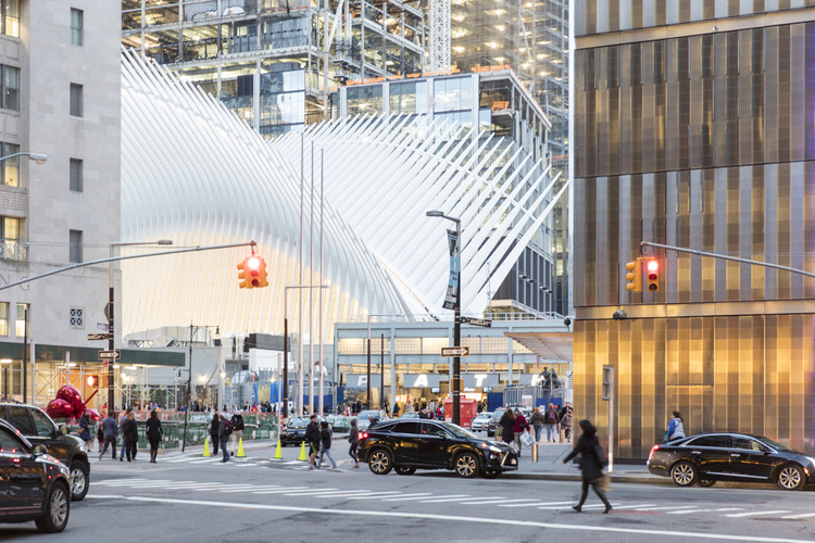 WTC Transportation Hub de Santiago Calatrava bajo el lente de Laurian Ghinitoiu, © Laurian Ghinitoiu