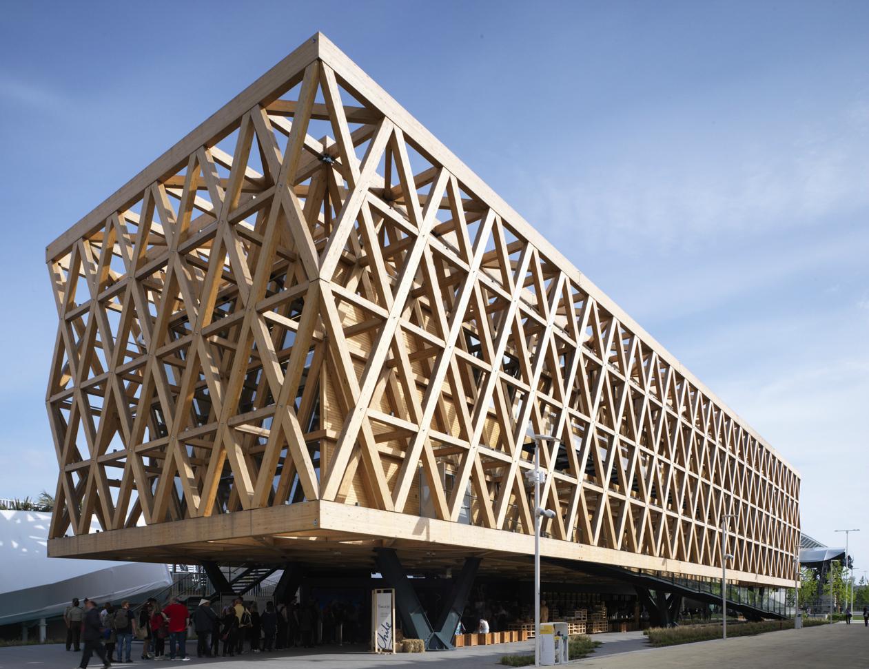 Pabell n de chile en la expo mil n 2015 se convertir en for Plataforma de arquitectura