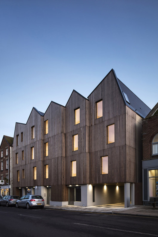 RIBA Announces Six Winners for South East Awards, Cinque Ports Street; Rye / Jonathan Dunn Architects. Image © Oliver Perrot