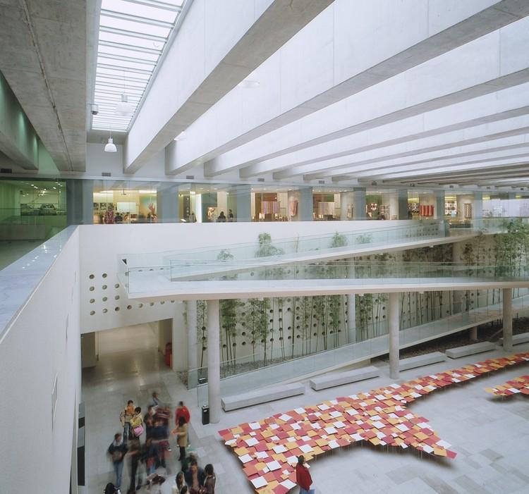 Centro Cultural Palacio La Moneda y Plaza de la Ciudadanía / Undurraga Devés Arquitectos, © Guy Wenborne
