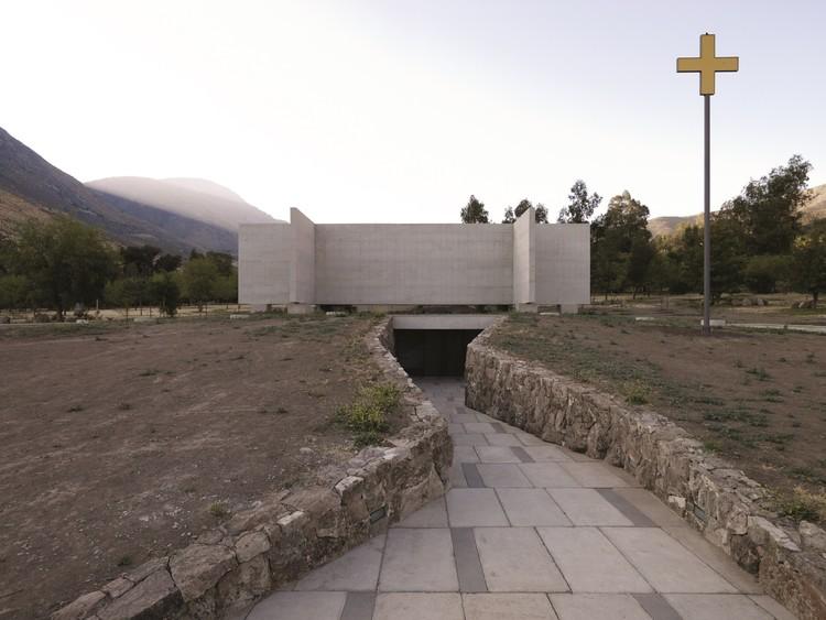 Capilla del Retiro / Undurraga Devés Arquitectos, © Cristobal Palma / Estudio Palma