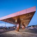 Centro para Viajeros Lahti / JKMM Architects