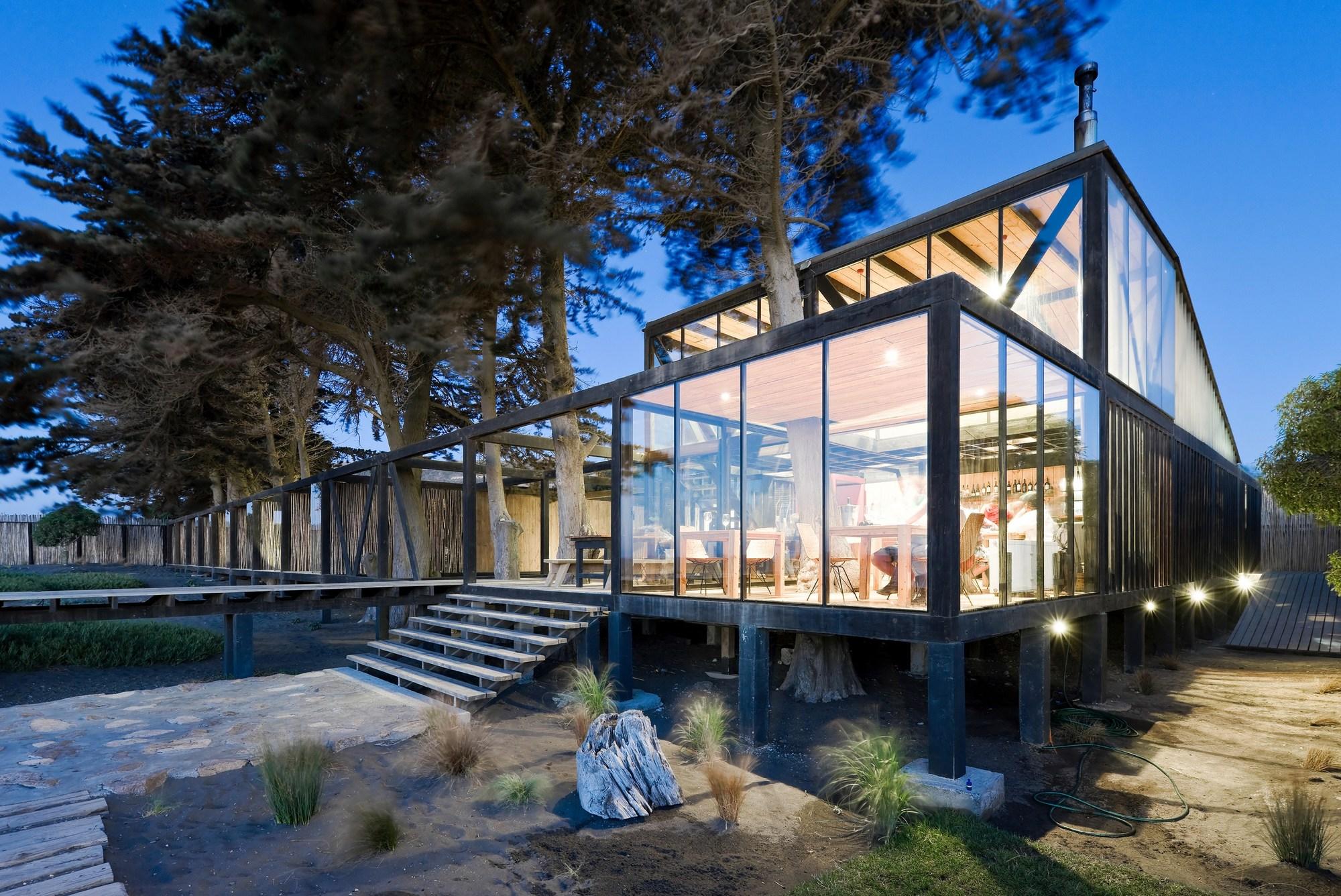 Hotel surazo wmr arquitectos plataforma arquitectura for Arquitectura de hoteles
