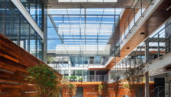 Edificio Corujas / FGMF Arquitetos