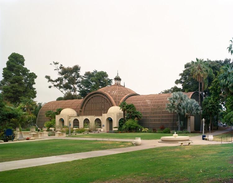 """San Diego 1915 Feria mundial, """"Panama-California Exposition,"""" Horticultural Building 2013. Imagen © Jade Doskow"""