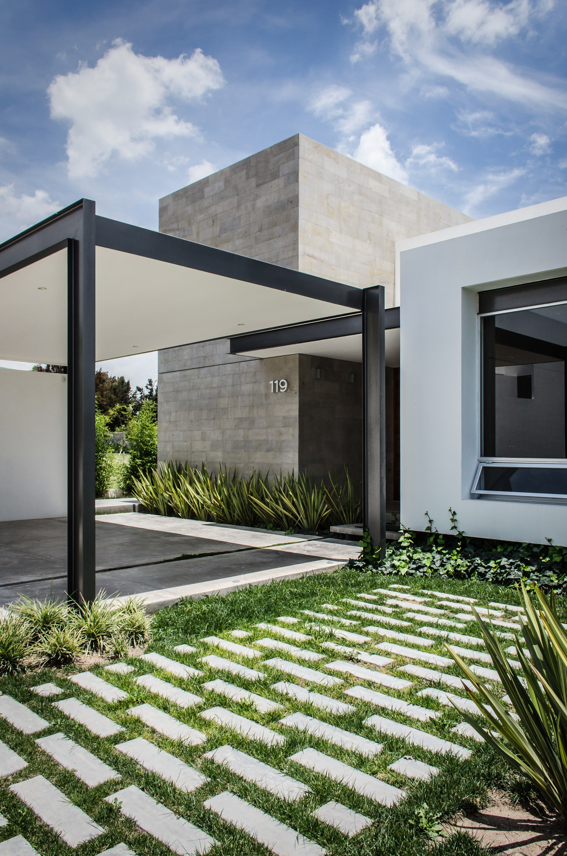 Gallery of t02 adi arquitectura y dise o interior 2 for Blog arquitectura y diseno