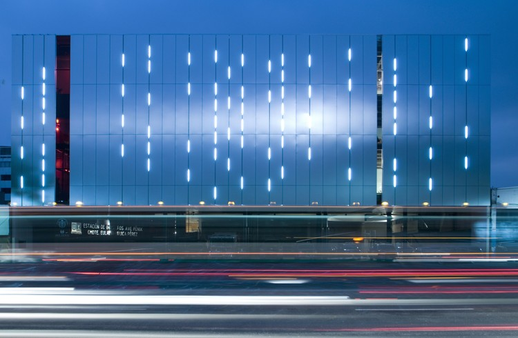 Estación de Bomberos Ave Fenix / BGP Arquitectura + at103 , © Jaime Navarro