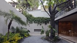 Casa Estúdio Hill / CCA Centro de Colaboración Arquitectónica