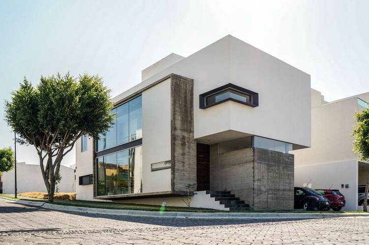 Casa Orea / Dionne Arquitectos, © Francisco Baxin